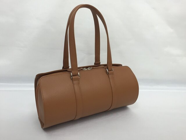 オール牛革 本革バッグ 筒型 ボストンバッグ 軽量 リアル シュリンクレザー キャメルの画像1枚目