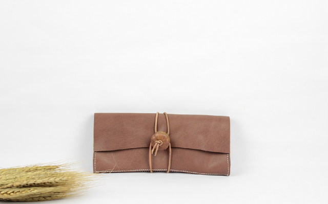 本革 クラシック風長財布&クラッチバッグ ♪茶色♪ の画像1枚目