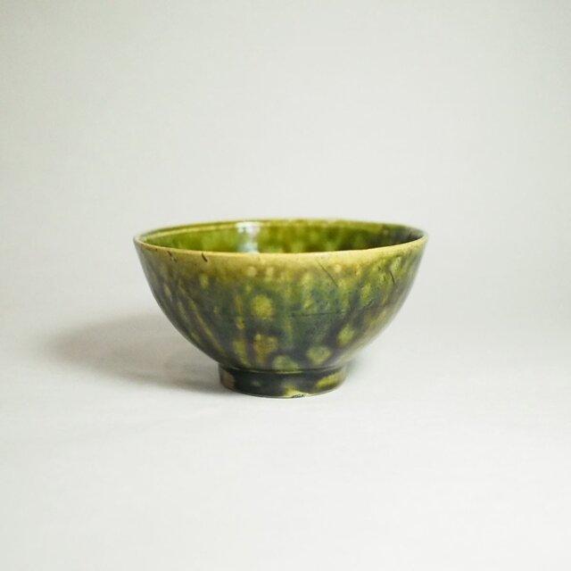 綺麗な明るいグリーンのめし碗。織部飯碗、伝統の品格 (OM02)の画像1枚目
