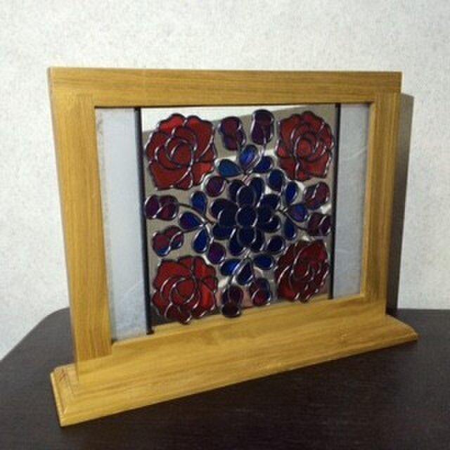 赤い薔薇のミニ衝立*グラスアート作品の画像1枚目