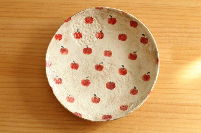 粉引きりんごいっぱいのパスタ皿。の画像1枚目