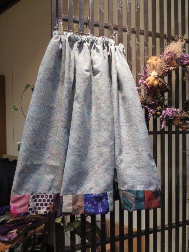 着物リメイク☆青緑の白大島deふんわりスカート☆裾に銘仙パッチの画像1枚目