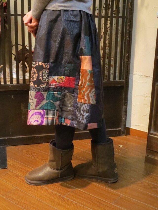 藍大島に銘仙パッチしてふんわりスカート♪ブーツに合う65㎝丈の画像1枚目