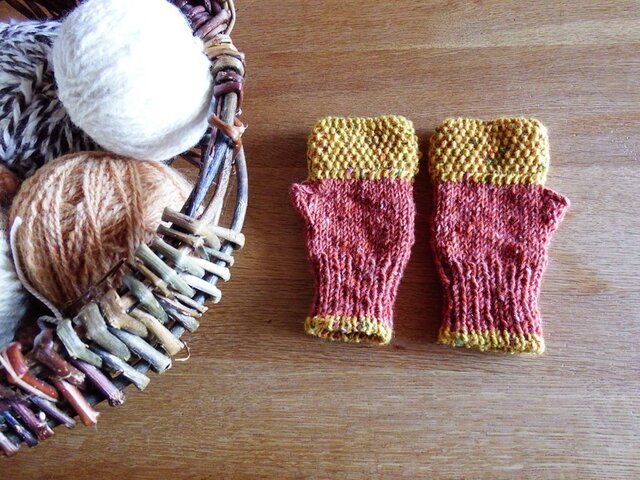 羊毛100% アイルランドの指なし手袋 / Maple(メープル)の画像1枚目