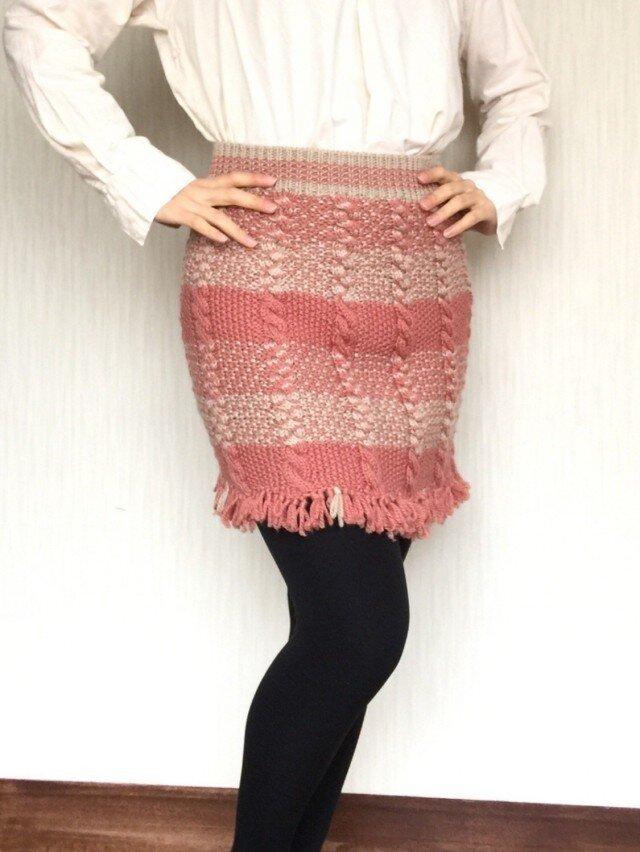 ポンチョにもなるアラン模様のスカートの画像1枚目