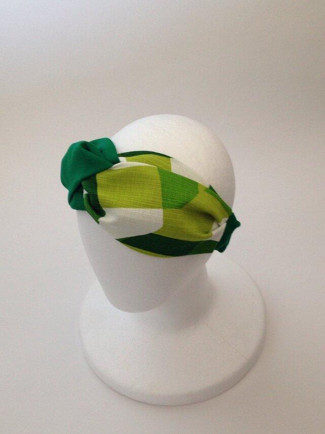 greenのチェック柄のクロスターバンの画像1枚目