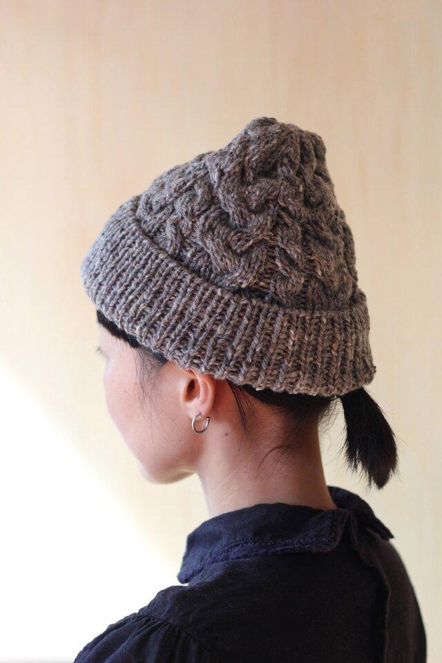 英国製糸使用 伝統柄ケーブル編みのツイードニット帽の画像1枚目
