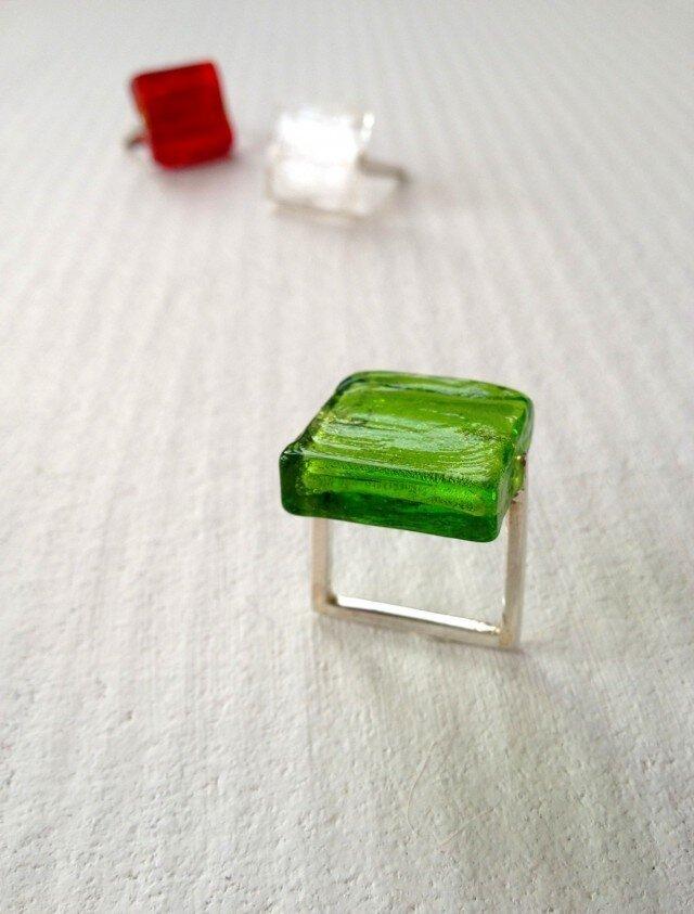 ■ガラスの□リング〔緑〕の画像1枚目