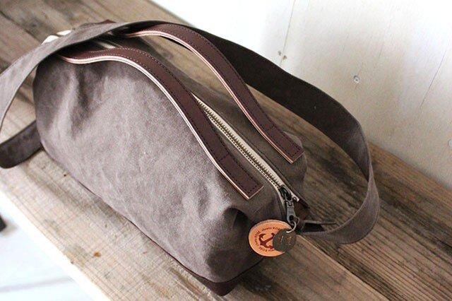 nomad-mini・オリーブ(タンニン染帆布×レザーショルダーバッグ)の画像1枚目