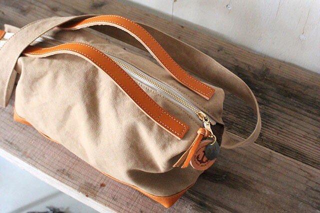 nomad-mini・タン(タンニン染帆布×レザーショルダーバッグ)の画像1枚目