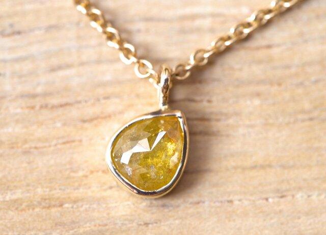 Petal Of Sun Diamond Necklaceの画像1枚目