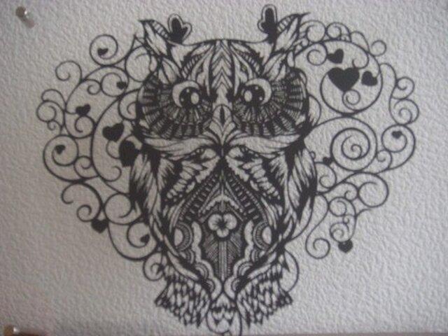 切り絵:ハートふくろうの画像1枚目