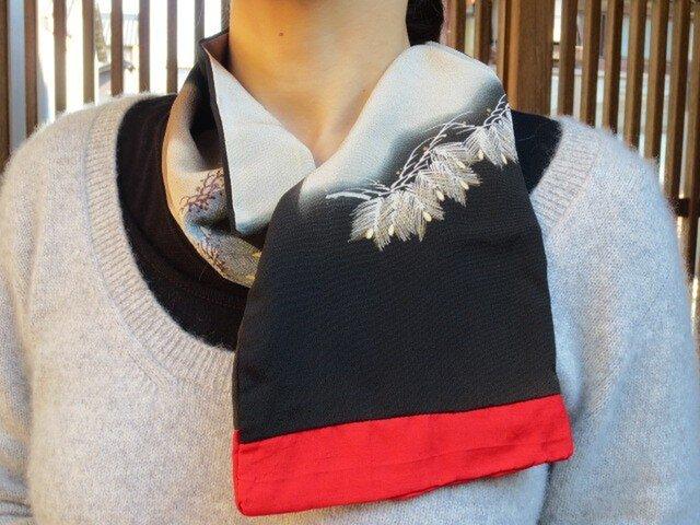着物リメイク☆古~い留袖に赤ポイントでミニストール♪お着物にもの画像1枚目