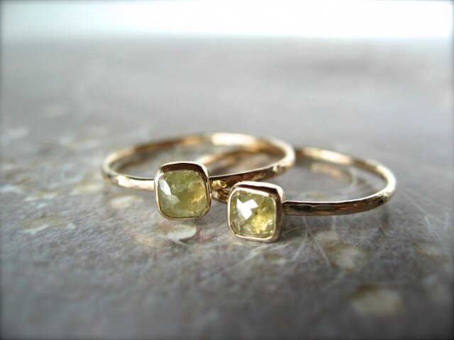 Baby Clear Yellow Diamond Ringの画像1枚目