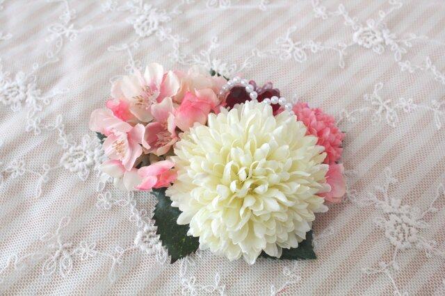 桜とピンポンマムの髪飾りの画像1枚目