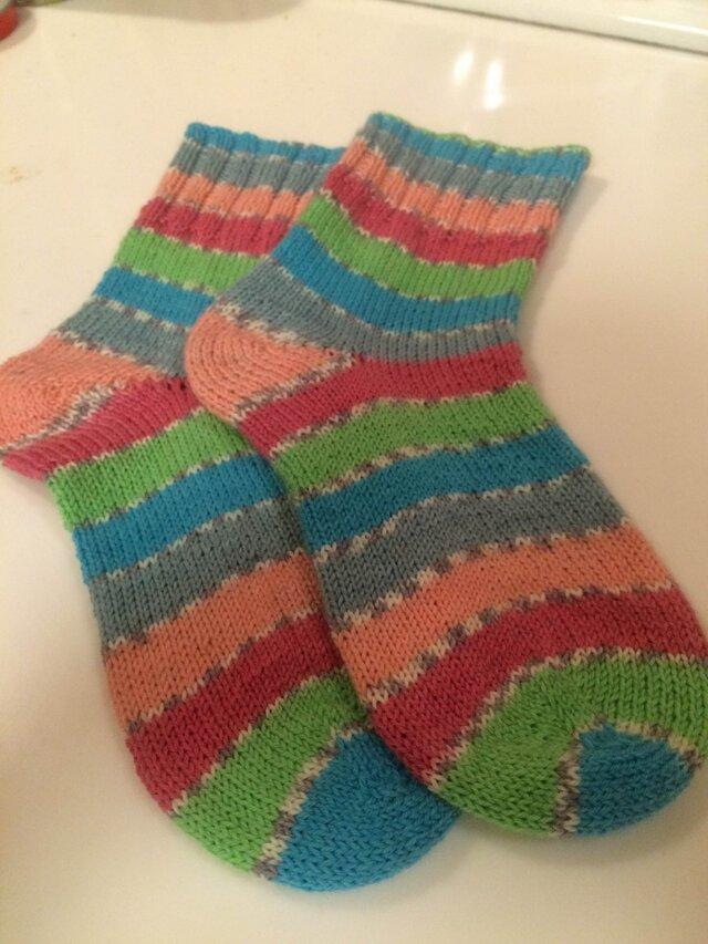ドイツソックヤーンの手編み靴下【タツタナデシコ】送料込の画像1枚目