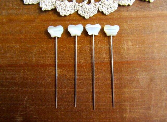 マザーオブパールのまち針 4本セット バタフライの画像1枚目