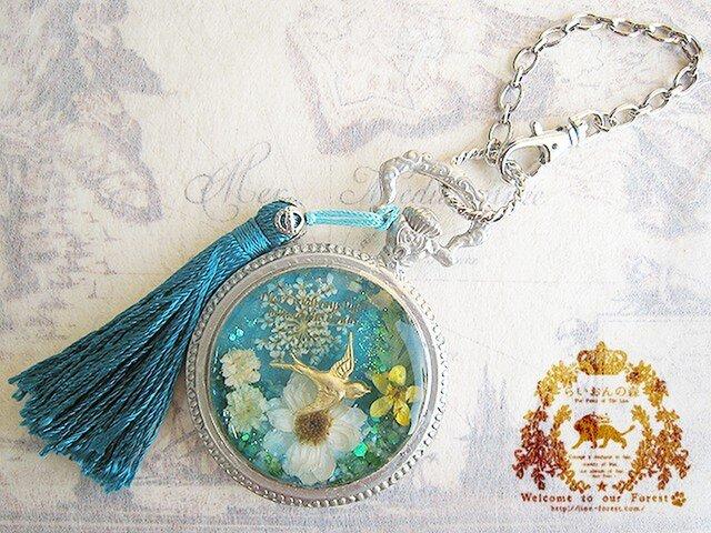 ツバメの懐中時計風バッグチャーム(ターコイズブルー×シルバー)※ペンダントへの変更可の画像1枚目