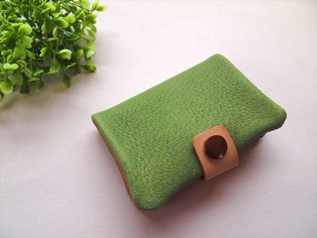 【定番グリーン】ぶた革やわらかカードケース【受注生産】の画像1枚目