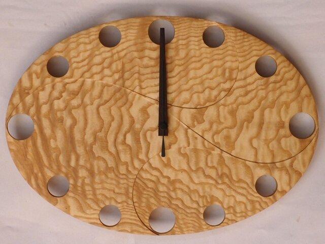 無垢の木の電波掛け時計 たも 0004の画像1枚目