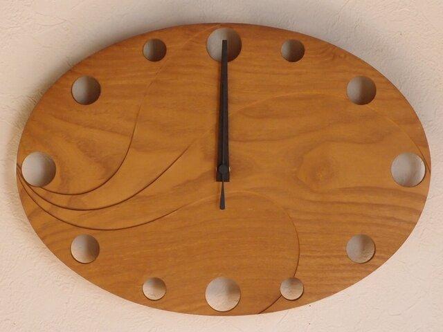 無垢の木の電波掛け時計 くわ 0007の画像1枚目