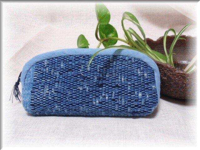 売り切れ・裂き織り・藍染の絣の糸が素敵な眼鏡ケースの画像1枚目