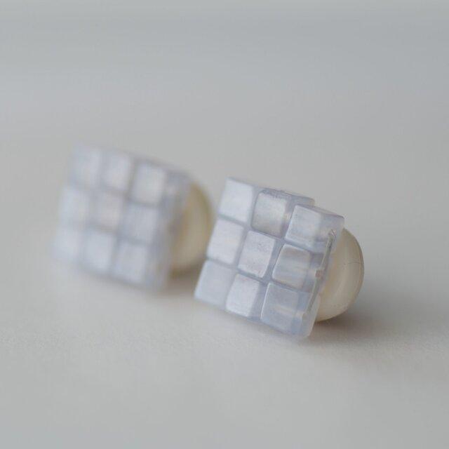 江戸の小袖™シリーズ(天然石・ブルーレース)  イヤリングの画像1枚目