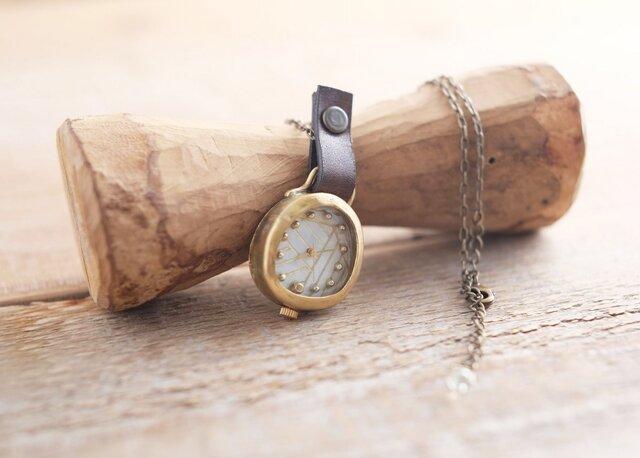 【受注生産】首からさげる時計 ami white YN002の画像1枚目