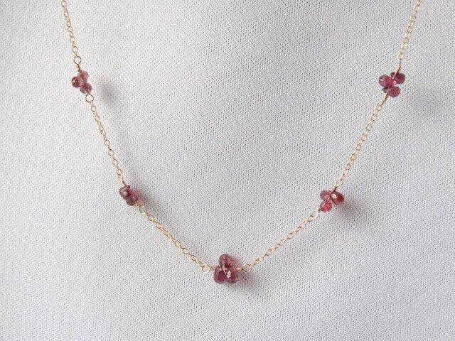 【K14gf】宝石質レッドサファイアのフルールネックレスの画像1枚目