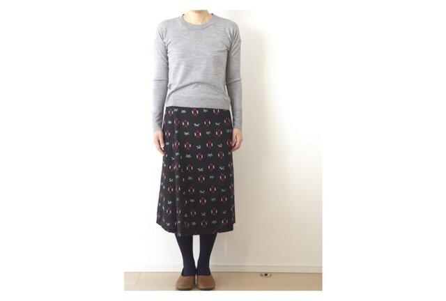 ウール 暖か巻きスカート 絣 黒の画像1枚目