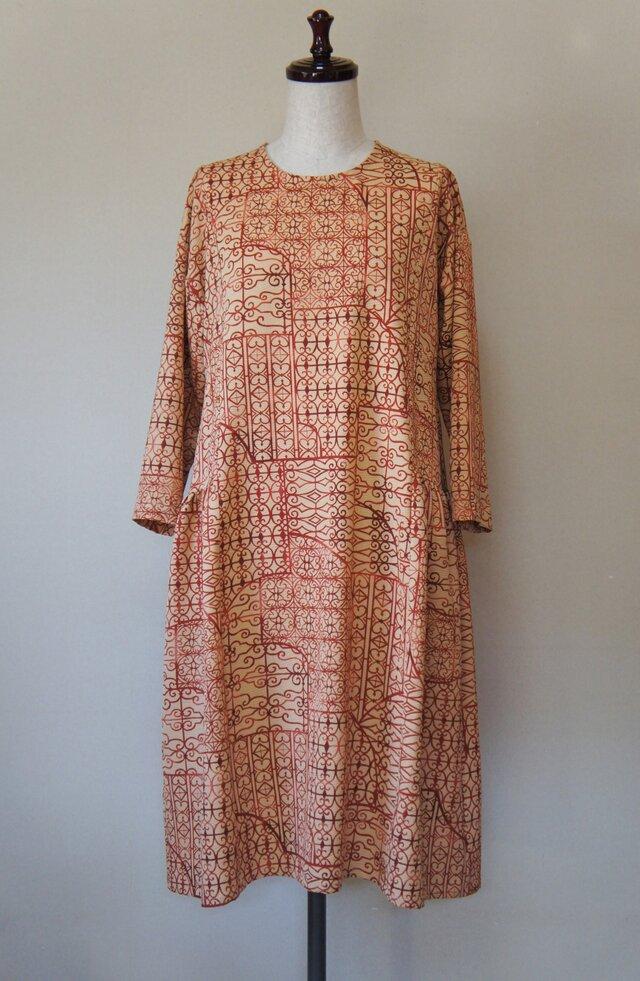 サイドギャザーワンピース(紅)/正絹羽織りリメイクの画像1枚目