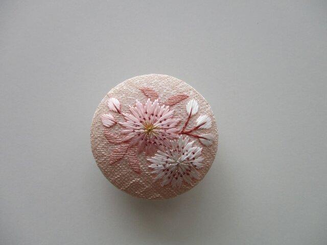 受注制作 桜の帯留めの画像1枚目