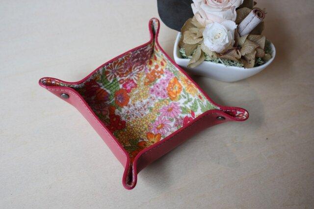 牛革とリバティープリントのミニトレー  ピンクの画像1枚目