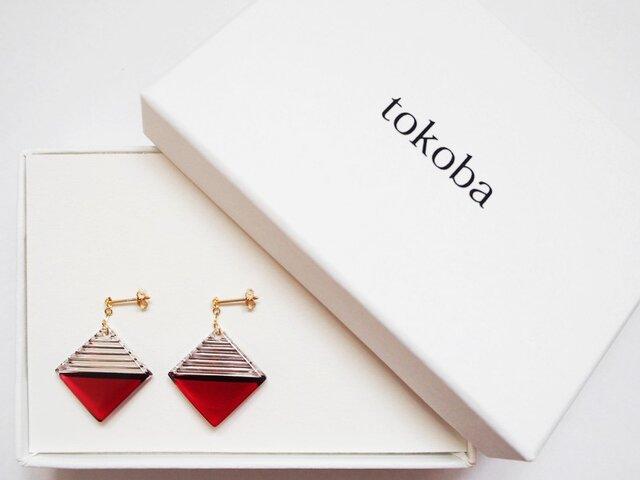 tokoba クリスタルピアス B-accent (red)の画像1枚目