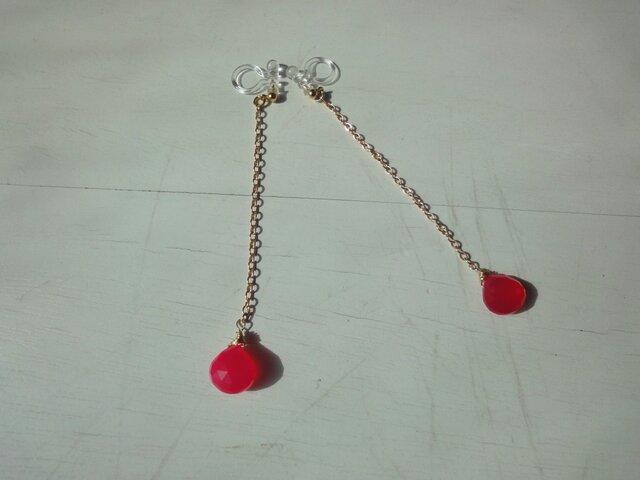 一粒ピンクカルセドニーのイヤリングの画像1枚目