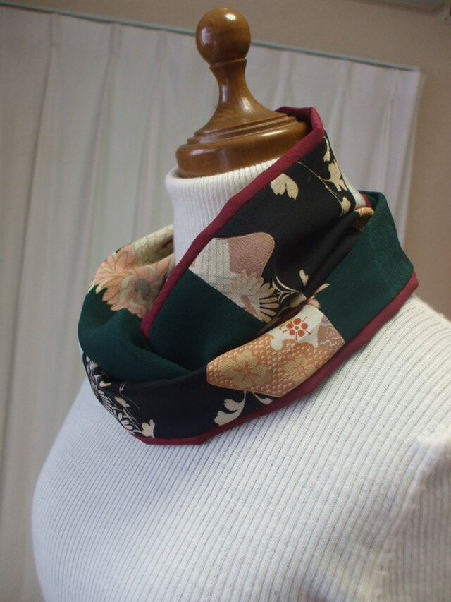アンティーク着物で相性抜群ストールスヌード 絹の画像1枚目