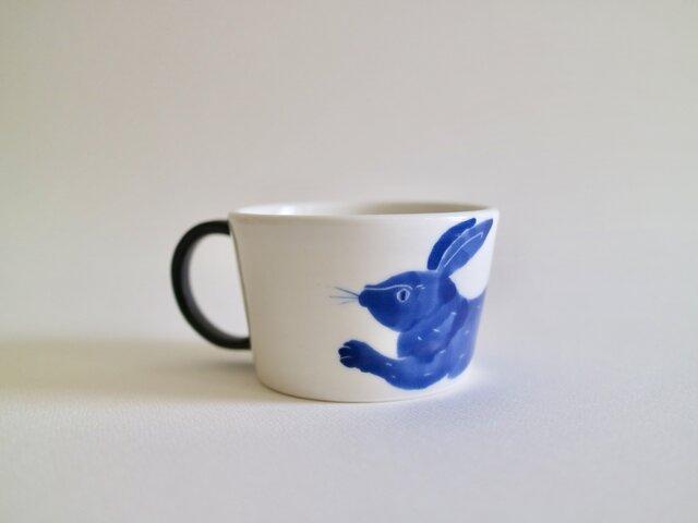 マグカップ(小) うさぎ 青の画像1枚目