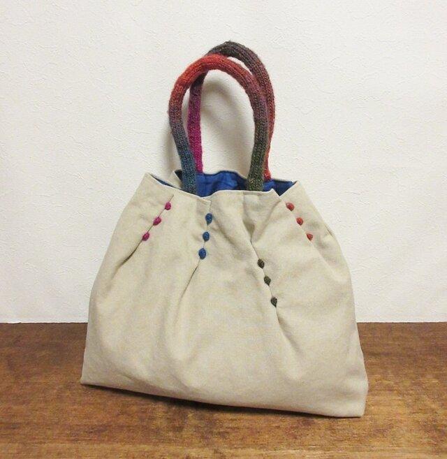 かわいい持ち手のタックかばん(オフホワイト)の画像1枚目