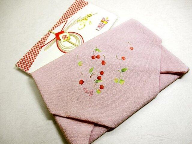 祝い袱紗(さくらんぼ・ピンク色)の画像1枚目