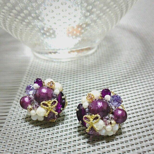 リボン・パール×ビジューのブーケピアス(イヤリング)purpleの画像1枚目