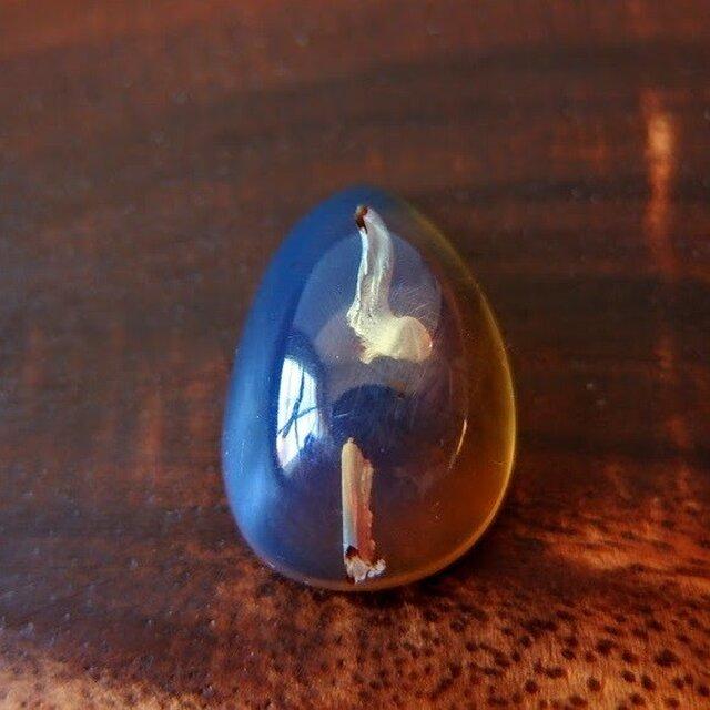 ブルーアンバー(琥珀) 目覚めの青Ⅱ 15cts. / ルース・カボション の画像1枚目