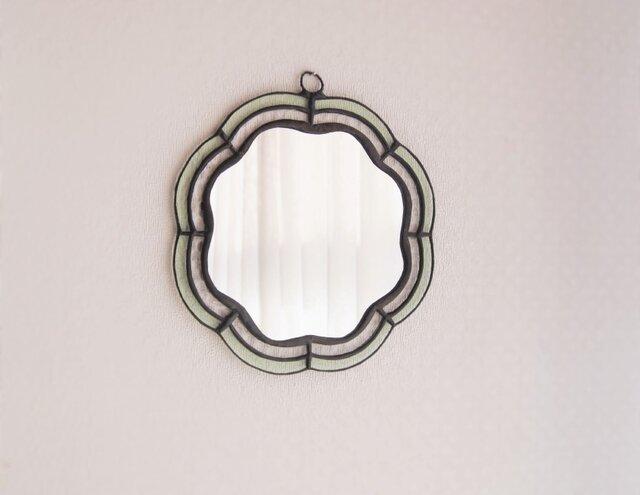 お花のラインの鏡の画像1枚目