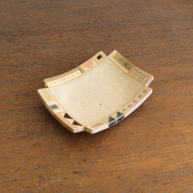 幾何学文様豆皿(角)(No.263)の画像1枚目