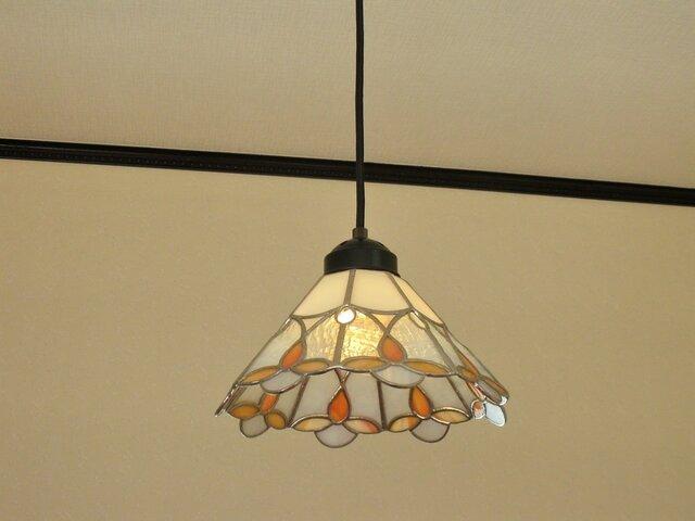 オレンジのお花(ステンドグラスペンダントライト)天井のおしゃれガラス照明 Lサイズ・2の画像1枚目