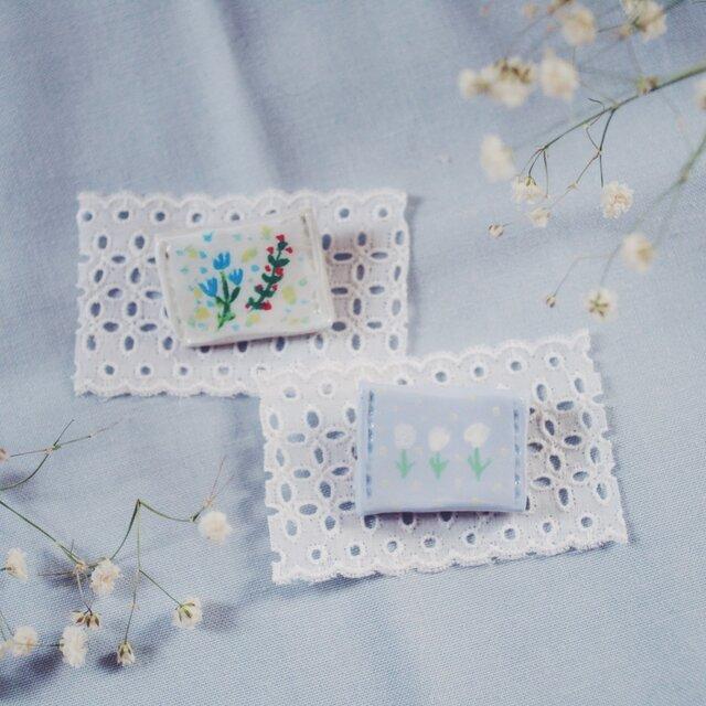 優しい花 pillow ブローチの画像1枚目