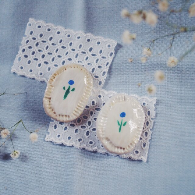 優しい青い花 ブローチの画像1枚目