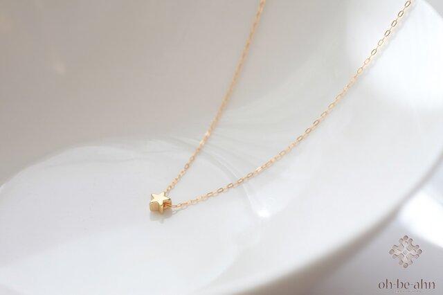 14kgf☆小さな小さな星のネックレスの画像1枚目