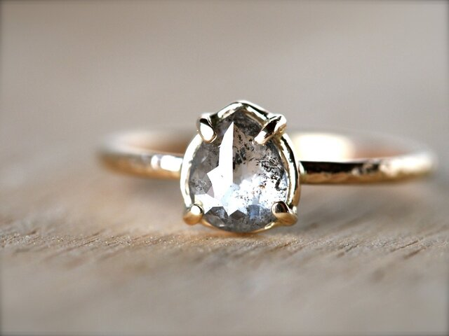Window To Your Soul Diamond Ringの画像1枚目