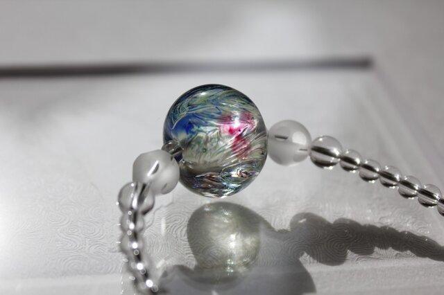 蜻蛉玉と水晶のネックレス ーArt Blossom2015ー〈A-22〉の画像1枚目