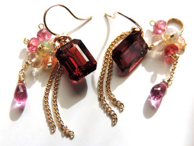 『 Mellow red ( one ) 』Pierce & & charm by K18の画像1枚目